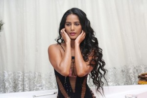 Poonam Pandey Exclusive Hot Photos|jilgul.com